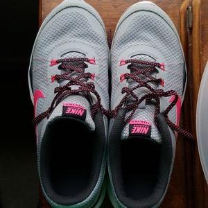 Nike Flex TR5